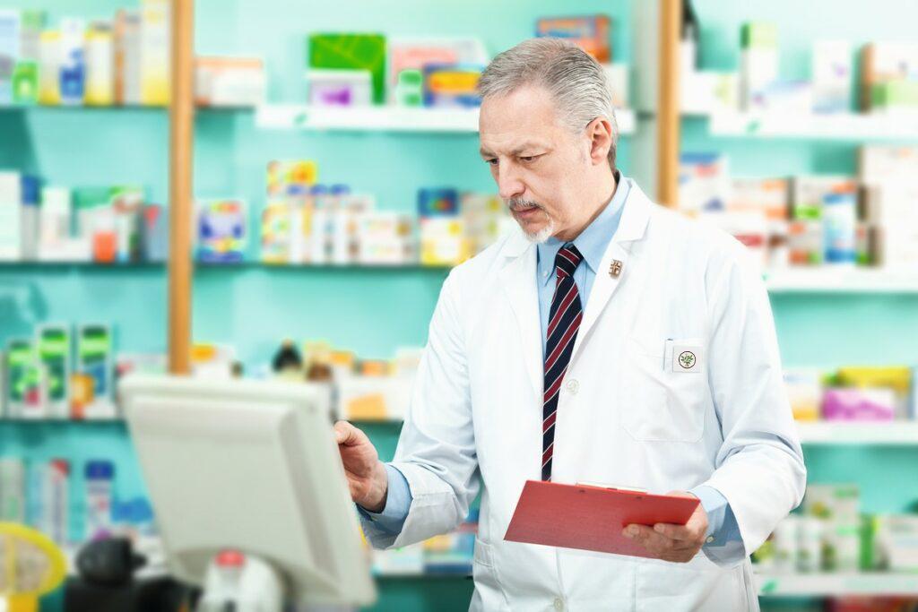 Mais de 5.000 farmacêuticos especializados - Apoteca Natura